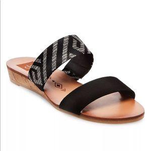 NWT DV Sandals